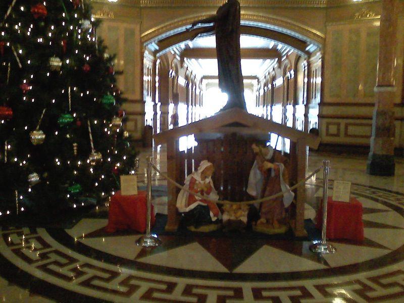 SNS New Location, next to Christmas tree 2008
